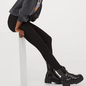 H&M • black skinny high rise denim jeans